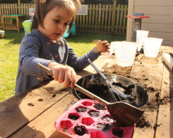 Making Mud Cakes